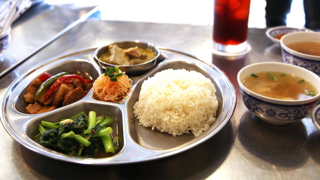 タイ料理店aroyna01
